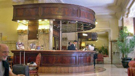 Piata hoteliera de succes, caut manageri romani