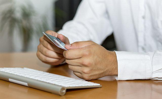 Impozitele şi taxele, plătite online la Trezorerie