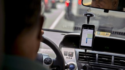 Schimbări anunţate de Uber