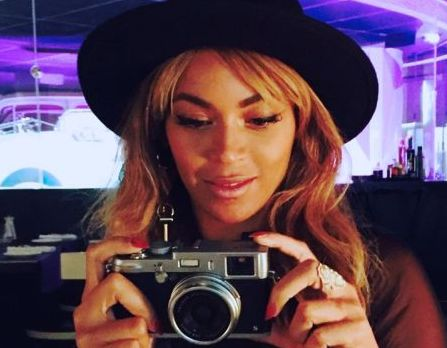 Harvard Business School va preda un curs despre succesul lui Beyonce