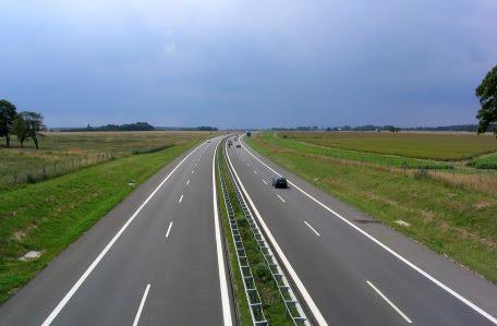 Val de oferte pentru constructia autostrazilor Timisoara - Lugoj si Gilau - Nadaselu