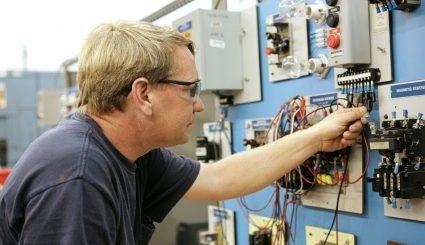 Electrician la un click distanţă