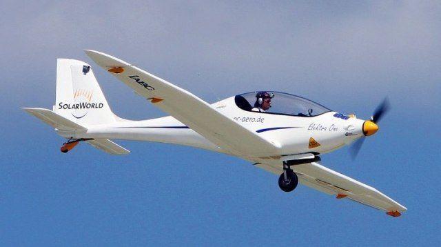 Un avion electric românesc a câştigat Lindbergh Electric Aircraft Prize