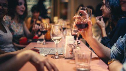 Piața vinului se restartează de Sărbători!