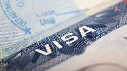 Ambasada SUA va acorda vize chiar dacă nu există fonduri alocate pentru desfăşurarea activităţii