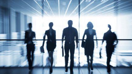 Cum reunește viitorul lideri vizionari, pe aceeași scenă