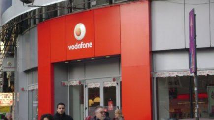 Protest împotriva discriminării femeilor în compania Vodafone