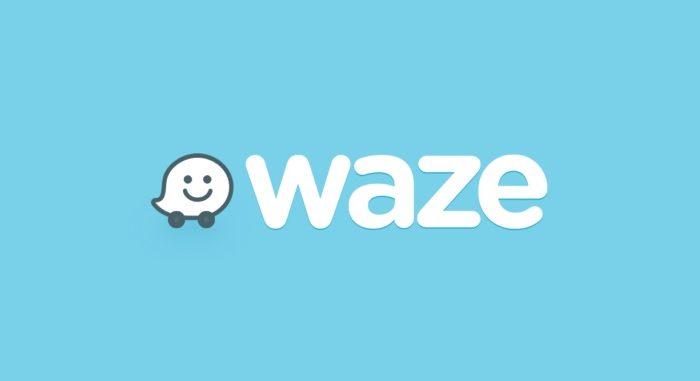 Waze are o nouă funcţie: Vei putea cere ajutorul altor şoferi în trafic