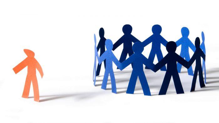 Discriminarea și intoleranța, probleme sensibile în relația angajat-angajator