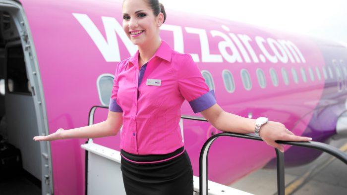 Compania aeriană Wizz Air, obligată să dea despăgubiri unor pasageri