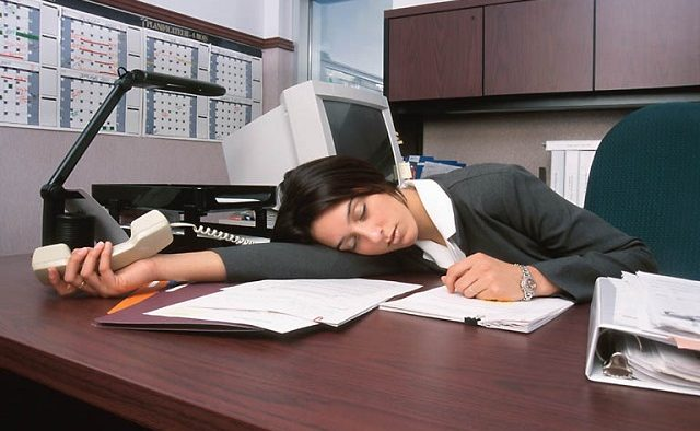 """Ziua mondială a somnului. """"Dormi pe tine"""", fără sens peiorativ"""