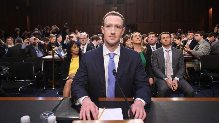Între imaginea de lider și emoțiile inerente. Comportamentul lui Mark Zuckerberg la audieri, analizat de experți