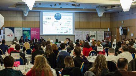 Digitalizarea – Trend sau Tsunami?  Cum transformă digitalizarea economia României