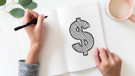 Publicăm sau nu salariul într-un anunț de angajare? Cât mai pot angajatorii să țină salariile la secret?
