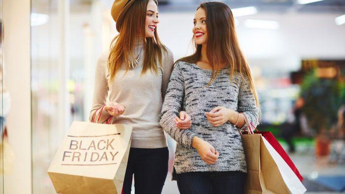 Studiu GPeC & Eureka Insights: 7 din 10 români economisesc bani, așteptând reducerile de Black Friday și de Sărbători pentru a face cumpărături