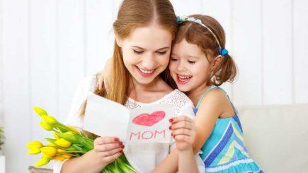 Primul zâmbet pentru tinerele mame