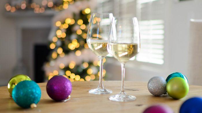 Pregătiri de Revelion. Cum să-ți impresionezi invitații renunțând la deserturile tradiționale