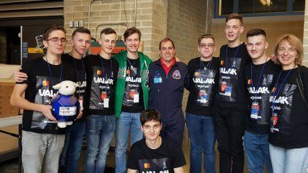 Elevii sibieni au câștigat premiile I și III la concursul NASA de robotică