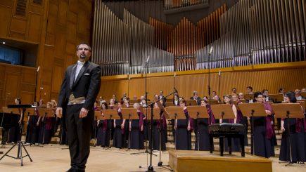 """""""Hymne au Soleil"""" – un concert coral de muzică franceză"""