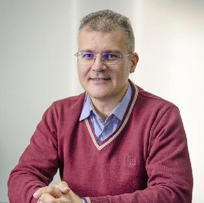 <p>Mircea Popescu</p>