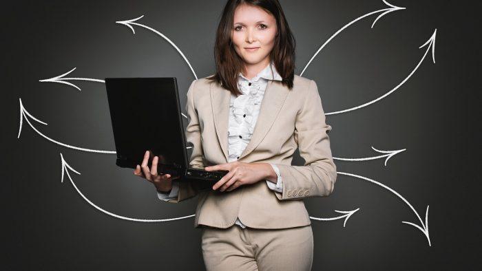 Cum poți depăși provocările de la job pentru a deveni un lider de top
