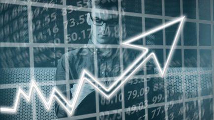 Deficit de circa 2.000 de specialiști, în departamentele financiare ale marilor companii din România