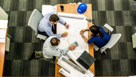 Cum creăm angajament și performanță în organizații?