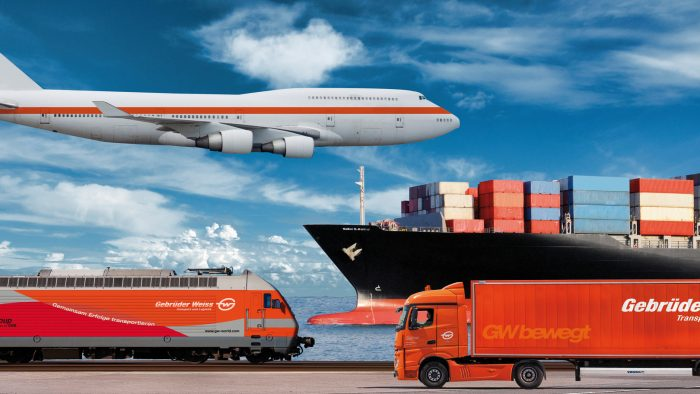 Domeniul logisticii: Perspective profesionale la birou sau în centrul acţiunii