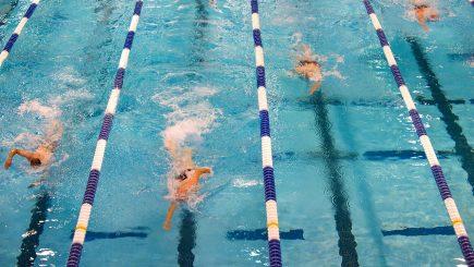 Români care înoată pentru a-i ajuta pe alții. Alexandra Maier: Bunele intenții reprezintă rădăcina fără de care nimic nu iese bine