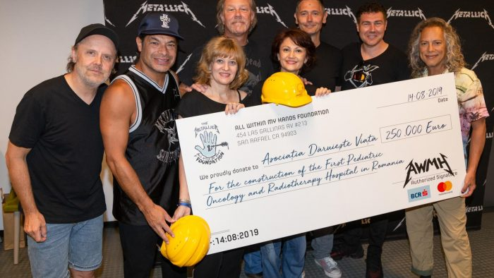 Ce învățăm din gestul trupei Metallica, care a donat 250.000 de euro pentru inițiativa #NoiFacemUnSpital