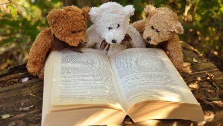 Câțiva oameni minunați ne spun de ce iubesc să citească