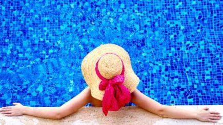Distracție în toiul verii! Cât de profitabile mai sunt piscinele?
