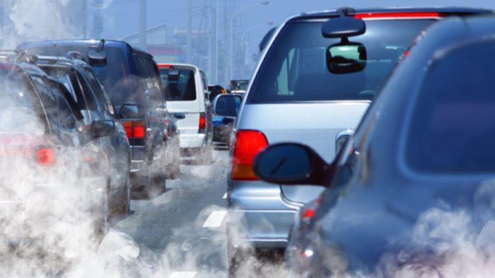 București, locul 13 din 14 orașe europene într-un top privind poluarea, siguranța rutieră și transportul public