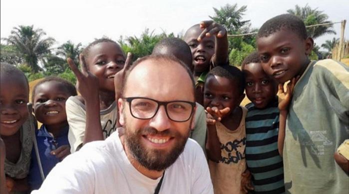 Voluntar în cea mai săracă țară din lume, un loc în care nici Binele, nici Răul nu au frontiere