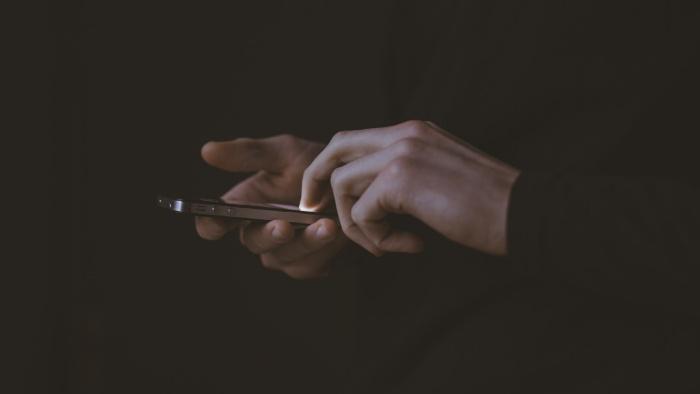 Tehnostresul sau partea întunecată a tehnologiei