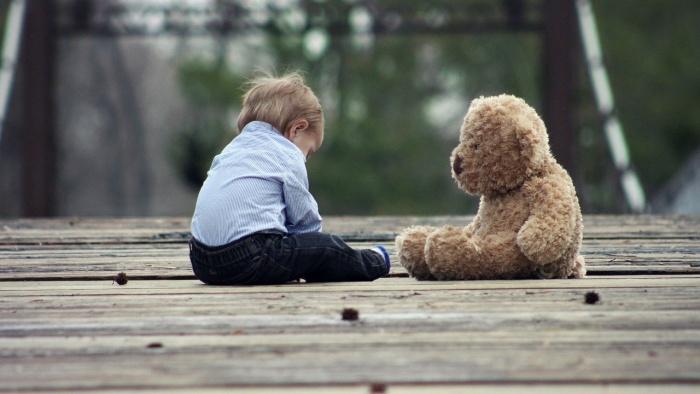 Povești de crescut copiii (I). Ce-aș fi vrut să știu despre mintea copiilor când ai mei erau mici