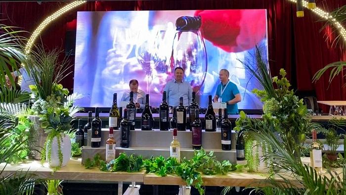 RO-Wine, o gură de oxigen pentru piaţa vinului!