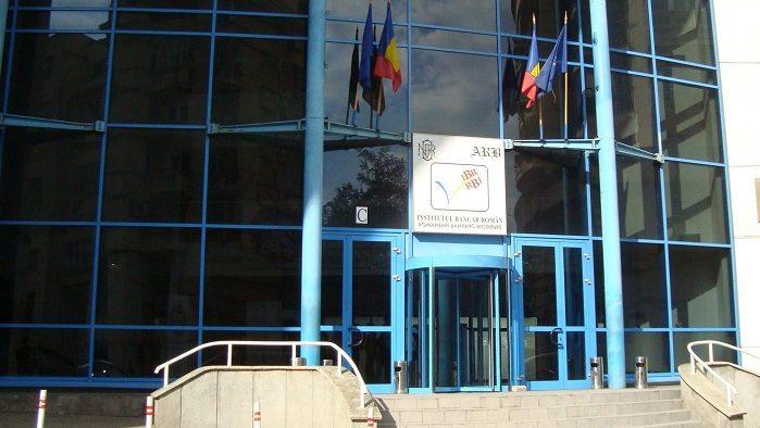 Institutul Bancar Român – 3 decenii de excelenţă în formarea profesională a specialiştilor din sistemul financiar-bancar